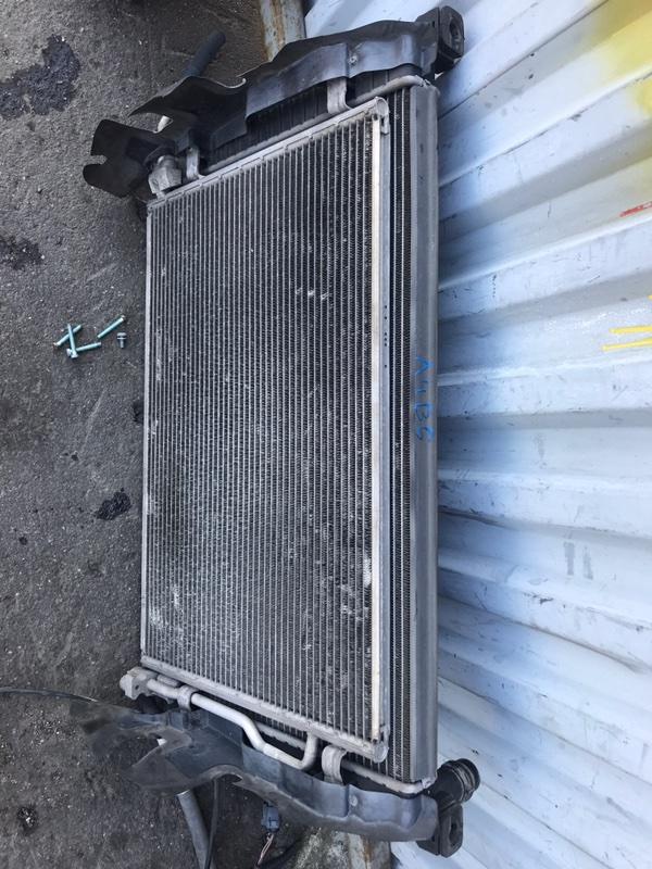 Радиатор двс Audi A4 B6 8EC 2004 (б/у)