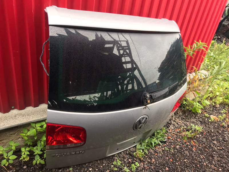 Крышка багажника Volkswagen Touareg 7LA 2004 задняя (б/у)