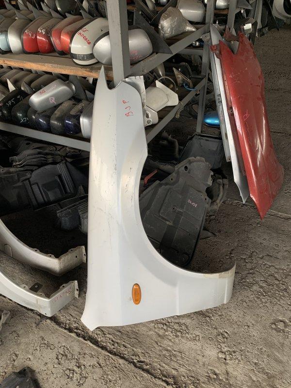 Крыло Mazda Familia BJ правое (б/у)
