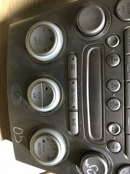 Блок управления климат-контролем Mazda 6 GG 2.0 RF5 2004 (б/у)