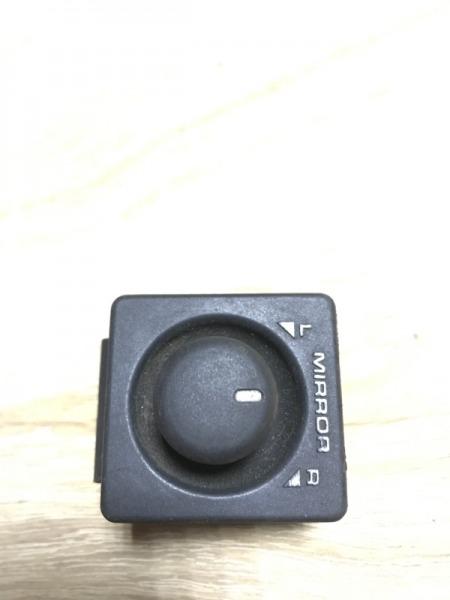 Кнопка регулировки зеркала Land Rover Freelander 1.8B (б/у)