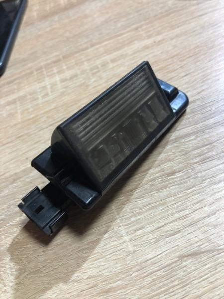 Плафон подсветки номера Bmw 3-Series E36 M40B18 (б/у)