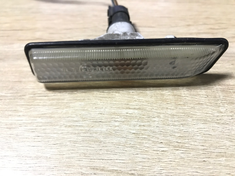 Поворотник в крыле Bmw 3-Series E36 M51D25 1998 (б/у)