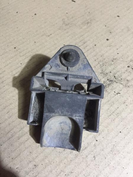 Крепление радиатора Bmw 3-Series E36 M40B18 (б/у)