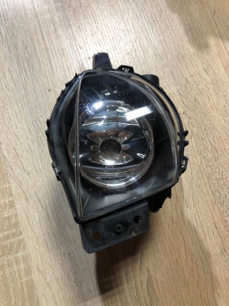 Фара противотуманная Bmw 3-Series E90 N46B20 2006 передняя правая (б/у)