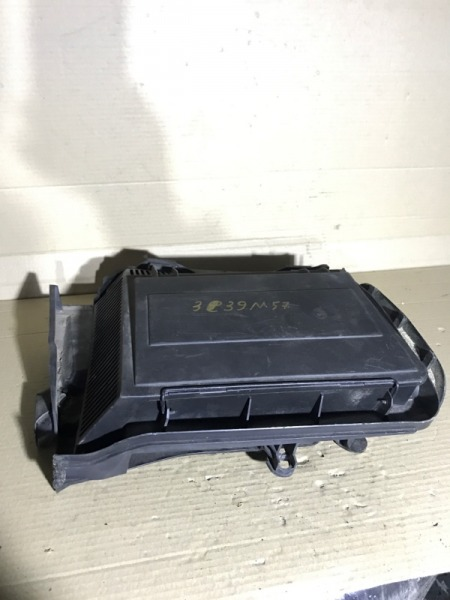 Корпус фильтра салона Bmw 5-Series E39 M57D30 2001 (б/у)