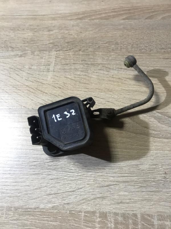Датчик положения кузова Bmw 7-Series E32 M70B50 1990 (б/у)