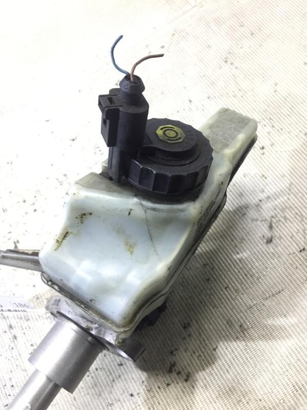 Бачок для тормозной жидкости Volkswagen Passat B6 2.0 BKP 2008 (б/у)