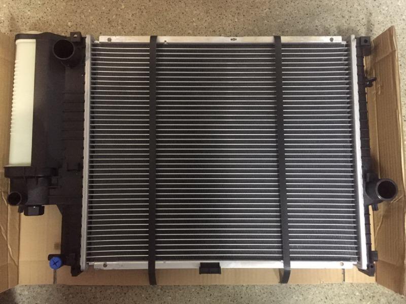 Радиатор охлаждения Bmw 5-Series E34 M50B20
