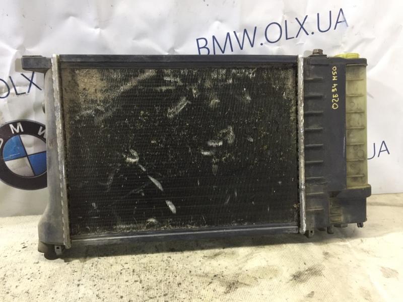 Радиатор Bmw 5-Series E34 M50B25 (б/у)