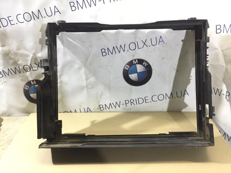 Рамка радиатора Bmw 7-Series E65 N62B44 (б/у)