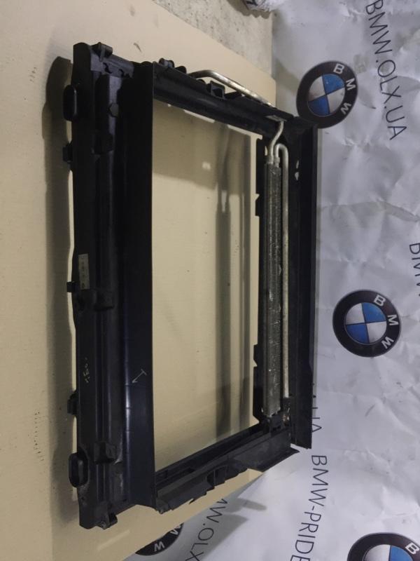 Рамка радиатора Bmw 5-Series E60 M54B22 2004 (б/у)