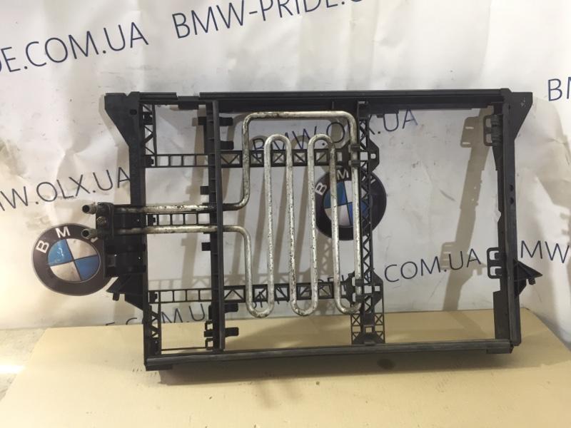 Рамка радиатора Bmw 5-Series E39 M52B20 (б/у)