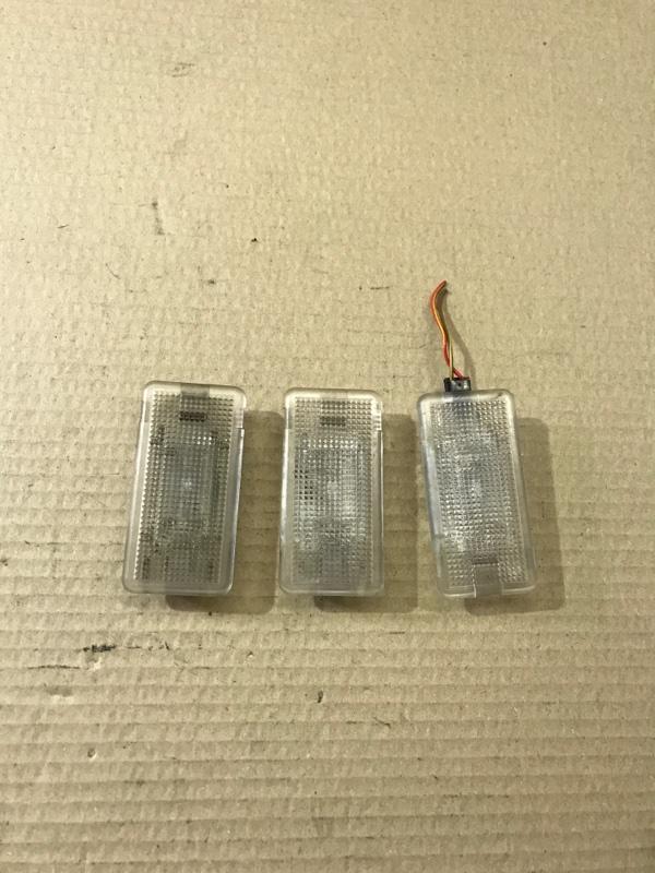 Лампа внутрисалонная Bmw 5-Series E60 M54B30 (б/у)