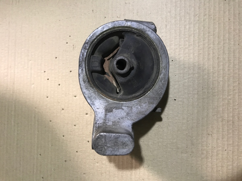 Подушка двигателя Mitsubishi Galant 8 2.4GDI (б/у)