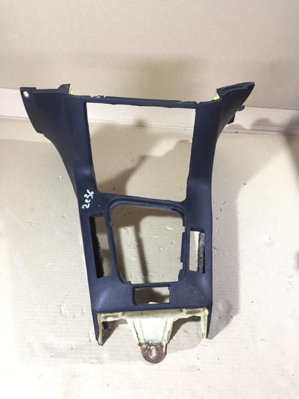 Консоль между сидений Bmw 3-Series E36 M51D25 1998 (б/у)