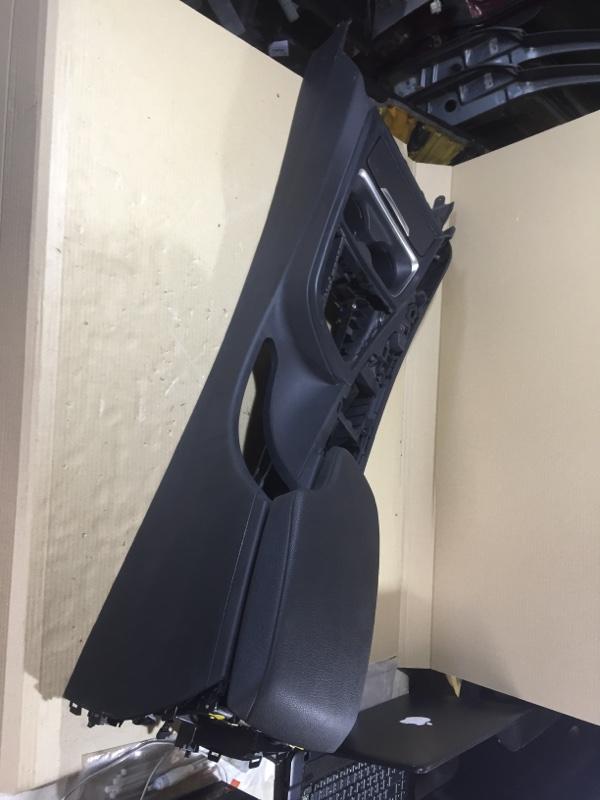 Консоль между сидений Bmw 3-Series F30 N26B20 2013 (б/у)
