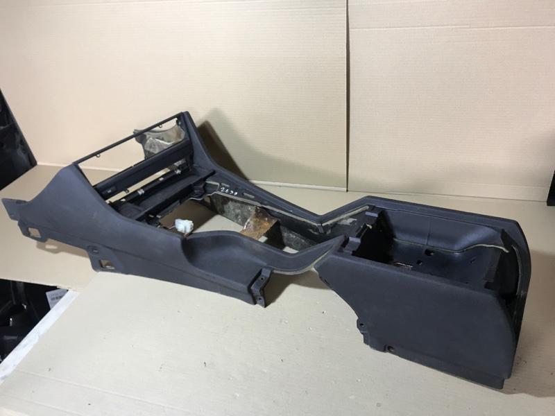 Консоль между сидений Bmw 5-Series E39 M51D25 1999 (б/у)