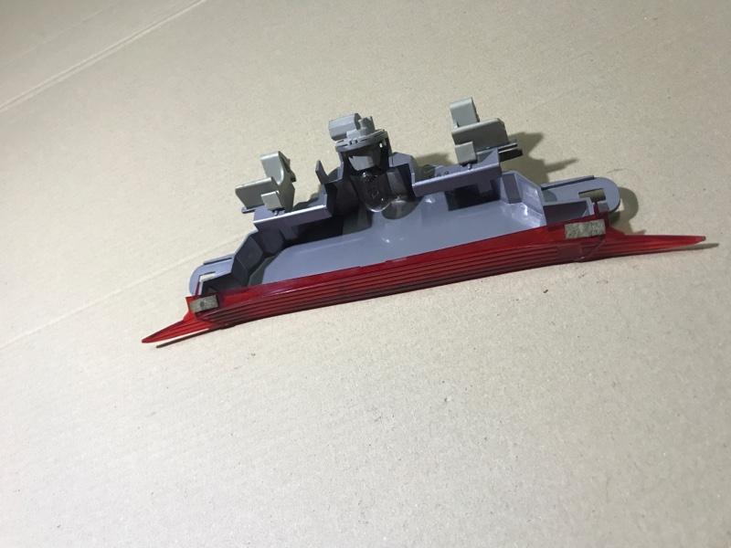 Повторитель стоп сигнала Mazda 6 GG 2.0 RF7J 2007 (б/у)