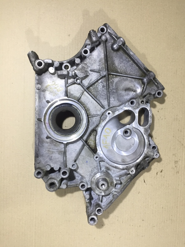 Крышка двигателя Bmw 5-Series F10 N63B44 2013 передняя (б/у)