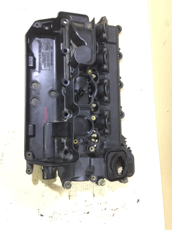 Крышка клапанов Bmw 3-Series E46 M43B19 (б/у)