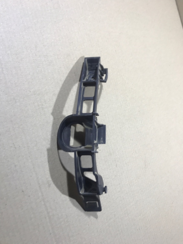 Крепление бампера Opel Vectra C 2.2 SE 2005 заднее правое (б/у)