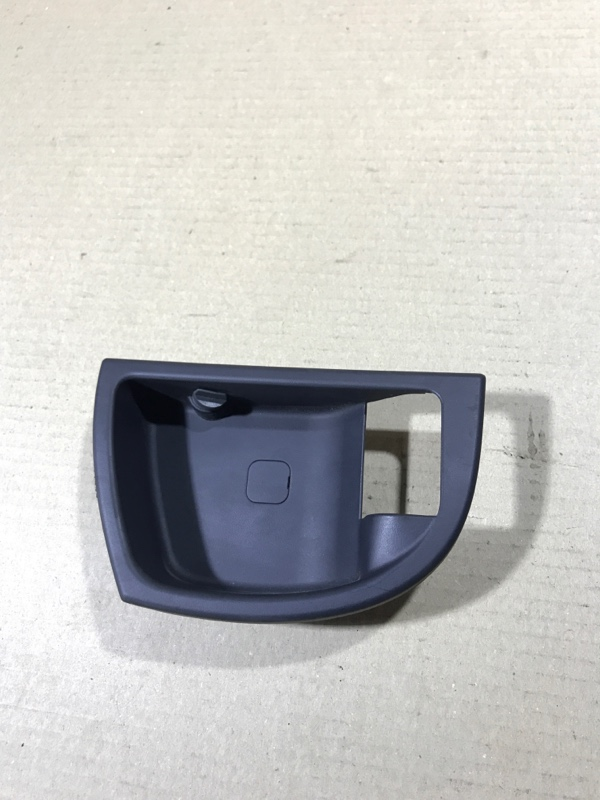 Ручка двери внутренняя Hyundai Santa Fe CM 2.2 CRDI 2009 задняя правая (б/у)