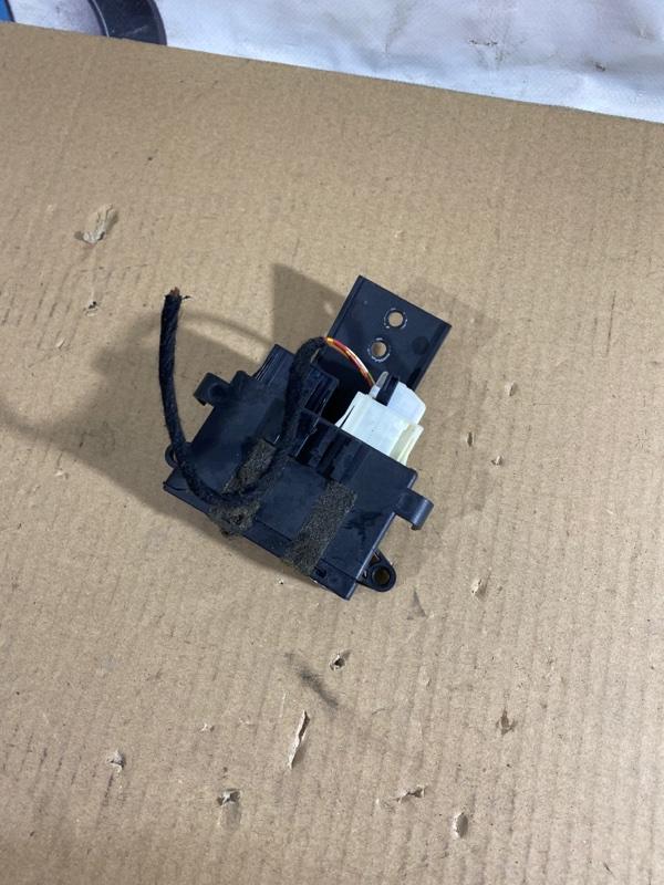 Блок управления зеркалами Bmw 3-Series E46 M54B30 2001 (б/у)