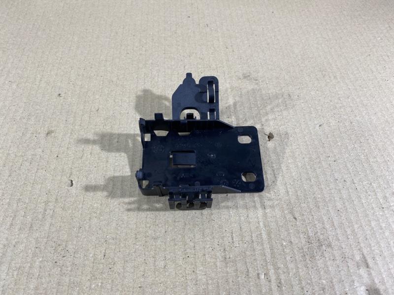 Крепление прочее Bmw 3-Series F30 N26B20 2013 (б/у)