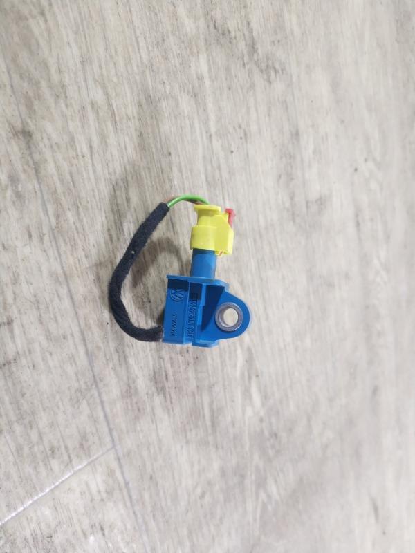 Датчик airbag Volkswagen Jetta 2.0 2011 (б/у)