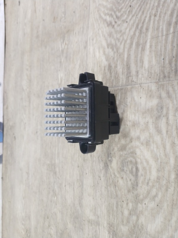 Резистор печки Ford Fusion 2.0 2013 (б/у)