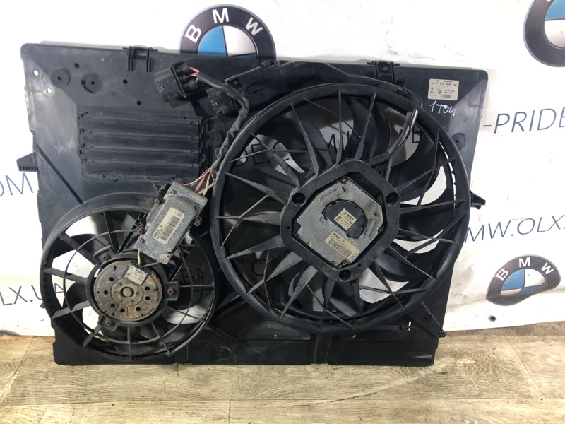 Вентилятор радиатора Volkswagen Touareg 3.2 2004 (б/у)