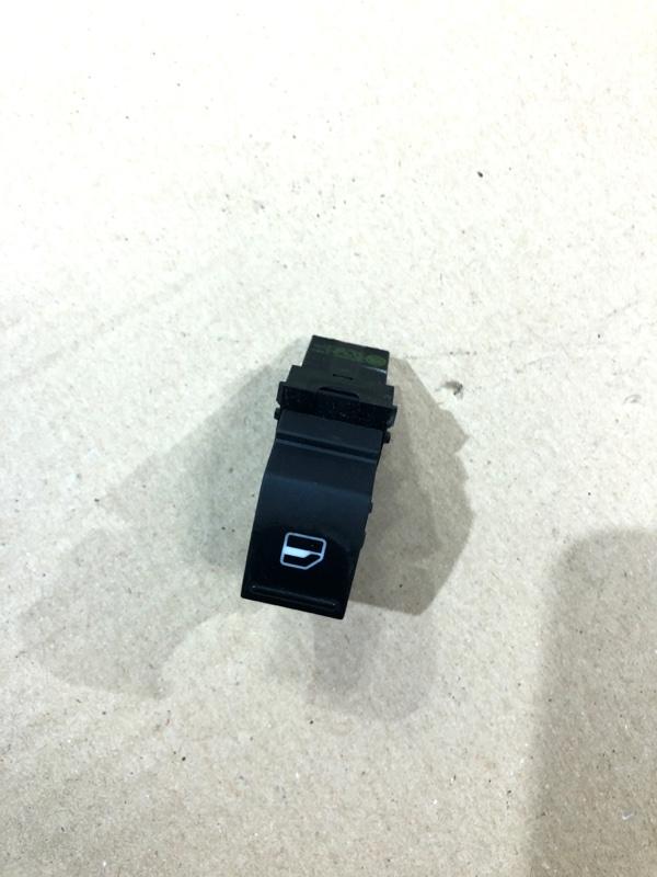 Кнопка стеклоподъемника Volkswagen Jetta 2.0 2011 передняя правая (б/у)