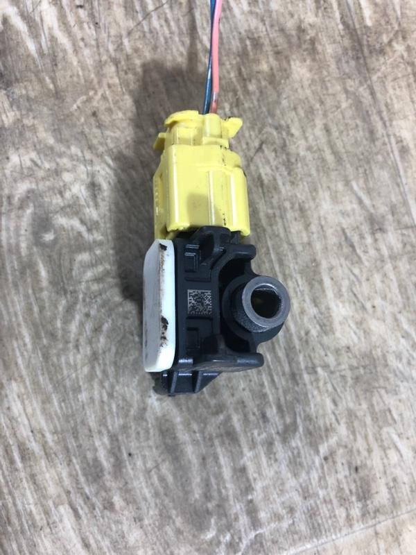 Датчик airbag Nissan Juke 1.6 2011 (б/у)