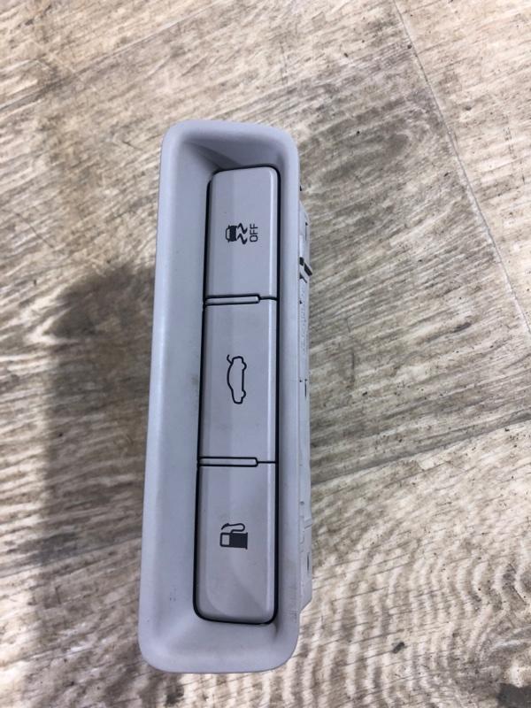 Кнопка открывания багажника Hyundai Sonata LF 2.4 2015 (б/у)