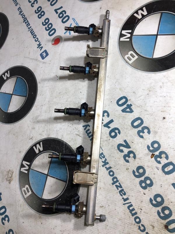 Топливная рампа Volkswagen Passat B7 2.5 2013 (б/у)