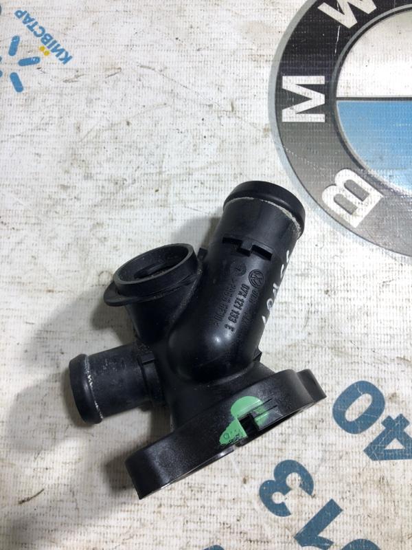 Корпус термостата Volkswagen Passat B7 2.5 2013 (б/у)