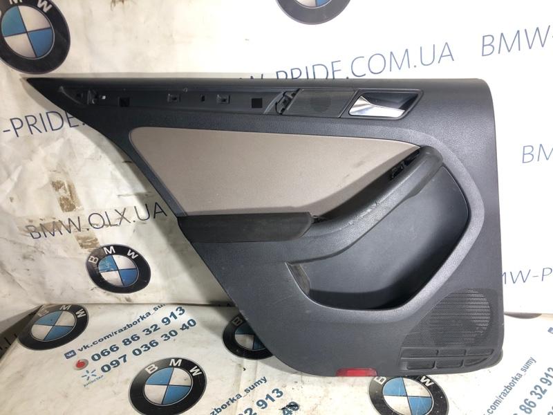 Дверная карта Volkswagen Jetta 2.0 2011 задняя левая (б/у)