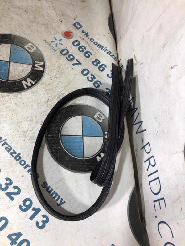 Уплотнитель Audi (б/у)