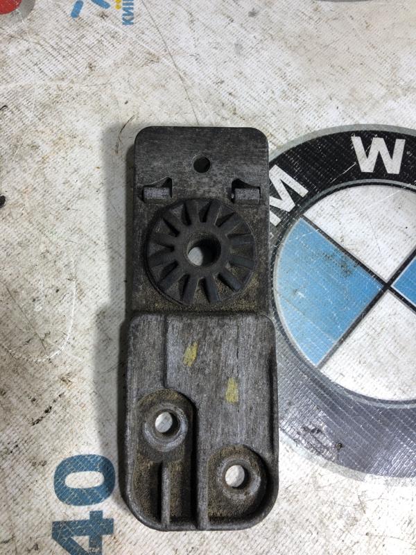 Крепление радиатора Chevrolet Cruze 1.8 2012 (б/у)