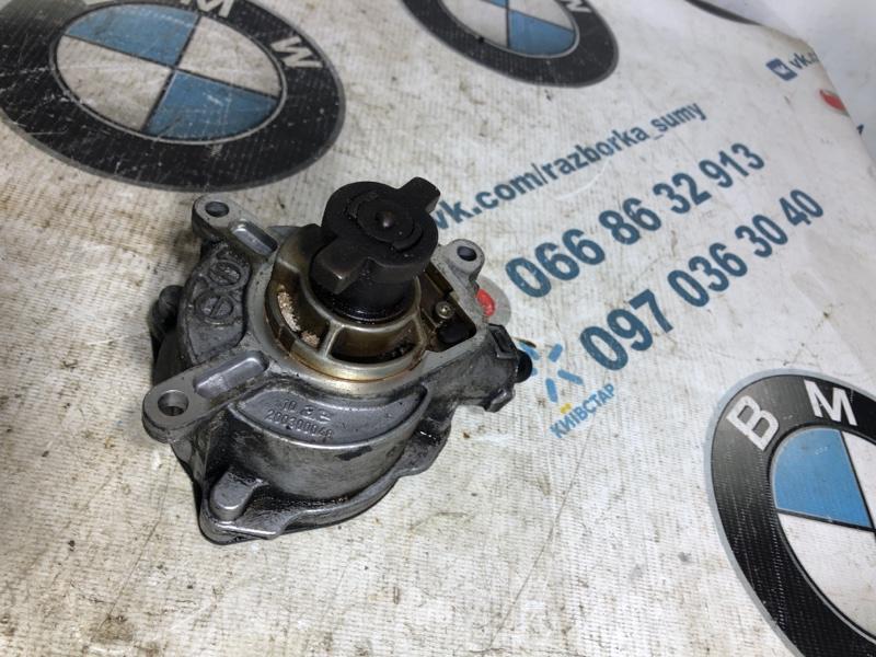 Вакуумный насос Volkswagen Passat B7 2.5 2013 (б/у)