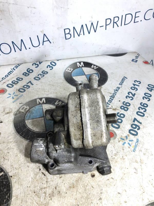 Кронштейн масляного фильтра Volkswagen Jetta 2.0 2011 (б/у)