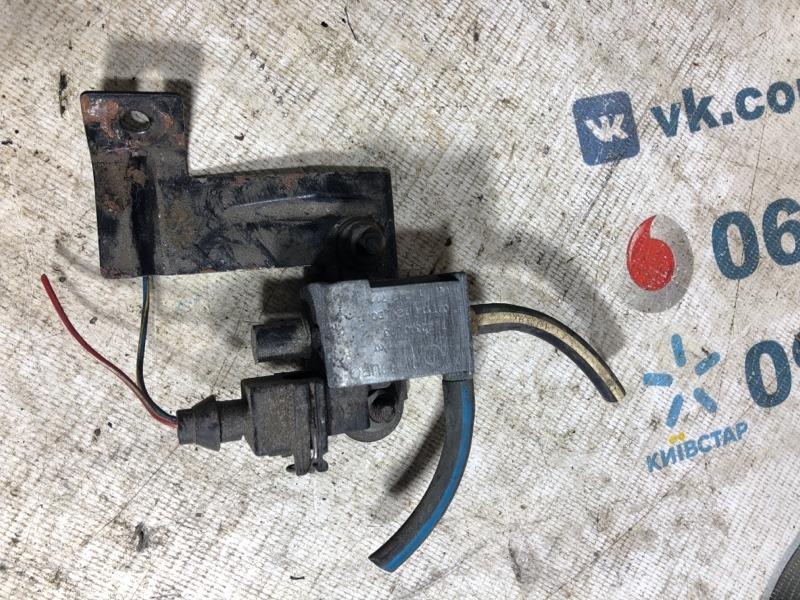 Клапан вакуума Bmw X5 E53 M62B44 2003 (б/у)