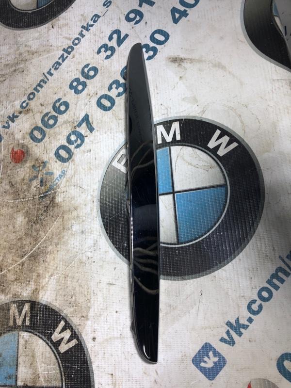 Молдинг капота Bmw 3-Series E90 N46B20 2006 правый (б/у)