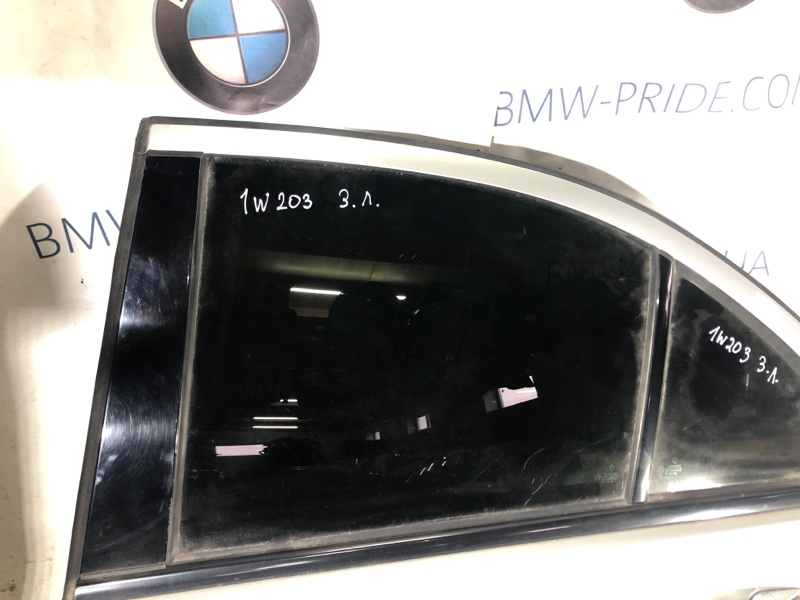 Стекло двери задней Mercedes-Benz C-Class W203 1.8 M111.951 заднее левое (б/у)