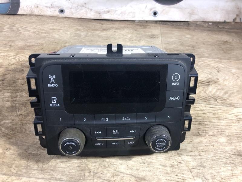 Магнитофон Jeep Renegade 2.4 2016 (б/у)
