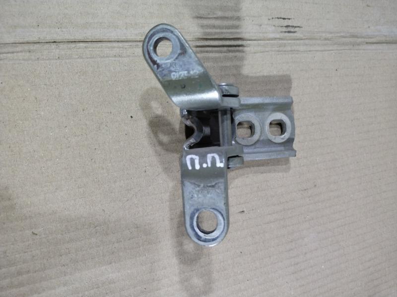 Петля двери Chevrolet Volt 1.4 2013 передняя правая (б/у)