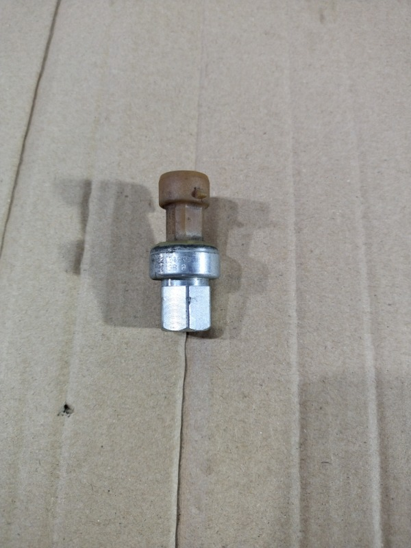 Датчик давления Chevrolet Volt 1.4 2013 (б/у)