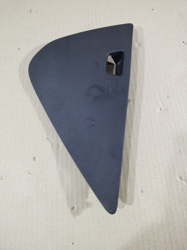 Накладка торпеды боковая Chevrolet Volt 1.4 2013 (б/у)