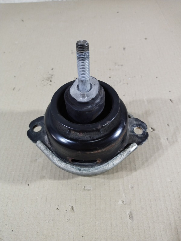 Подушка двигателя Volkswagen Touareg 3.2 2004 правая (б/у)